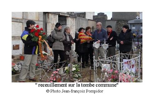 AM 27 p 4 V1 receuillement sur la tombe commune