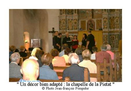 AM 91p2 V1 un décor bien adapté la chapelle de la Pietat