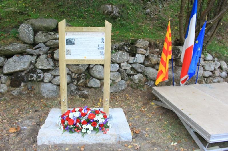 le panneau commémoratif (photos JF Pompidor)